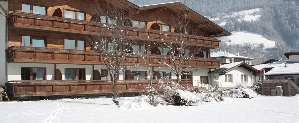 First Mountain Hotel Zillertal v Aschau im Zillertal